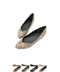 ポインテッドトゥVカットパンプス【ファッション・アパレル 靴レディース】/大人女性へおすすめスタイルを提案するプチプラカジュアル通販のティティベイト(titivate) 公式通販/titivate(ティティベイト)/AOXP1069/aoxp1069