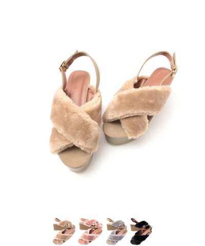 フェイクファークロスウェッジサンダル〔第1弾!予約販売〕【ファッション・アパレル 靴レディース】/大人女性へおすすめスタイルを提案するプチプラカジュアル通販のティティベイト(titivate) 公式通販/titivate(ティティベイト)/APJP0512/apjp0512